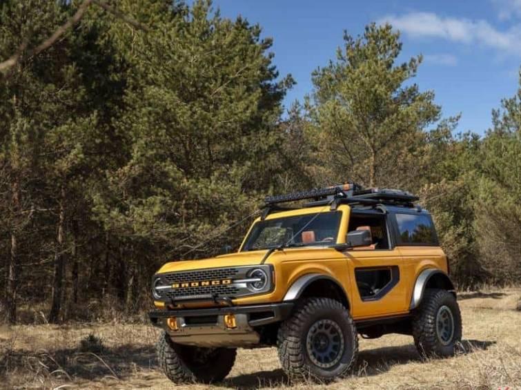 Ford Bronco Raptor deve chegar em 2023 com mais de 400 cavalos